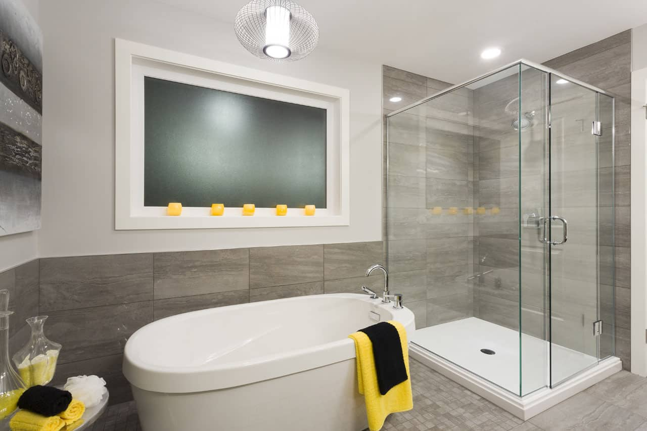 10 - DELUXE SHOWER TUB COMBO | A&S Homes